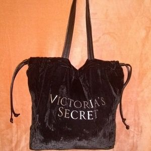FREE Victoria Secret velvet tote bag with bundle